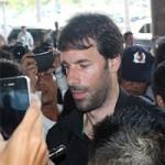 """Bóng đá - Van Nistelrooy gây """"náo động"""" ở Tân Sơn Nhất"""