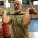 Thể thao - Cụ ông 73 tuổi nâng tạ như lực sỹ