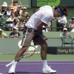 Thể thao - Federer phá nát vợt trong Top 10 pha đập vợt