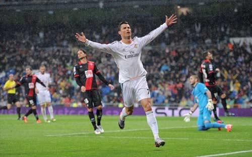 Ronaldo: Bớt ích kỷ để trở nên hoàn hảo - 1