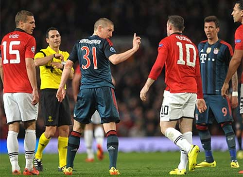Bayern vô địch C1, Van Nistelrooy có nói đùa? - 2