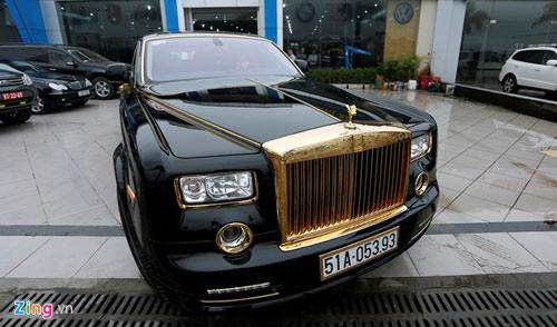 Cận cảnh Rolls-Royce Phantom mạ vàng ở Hà Nội - 5