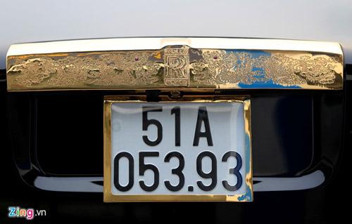 Cận cảnh Rolls-Royce Phantom mạ vàng ở Hà Nội - 7