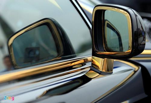 Cận cảnh Rolls-Royce Phantom mạ vàng ở Hà Nội - 9