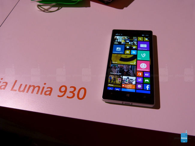 Cuối cùng Nokia cũng đã chính thức trình làng mẫu smartphone cao cấp mới của hãng là Nokia Lumia 930. Về cơ bản, Lumia 930 chính là phiên bản quốc tế của chiếc điện thoại thông minh Nokia Lumia Icon do Verizon độc quyền phân phối, bao gồm một màn hình 5 inch độ phân giải Full HD 1080p và một cảm biến máy ảnh 20 megapixel công nghệ PureView.