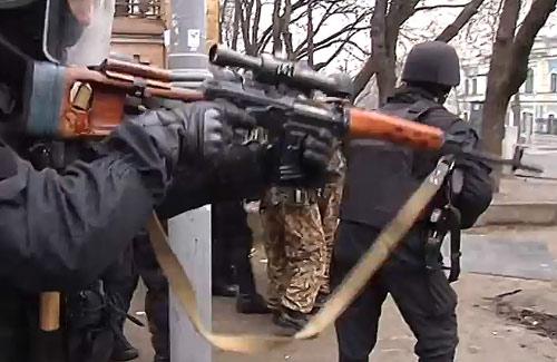 """Nga-Ukraine """"quỷ hóa"""" nhau bằng cáo buộc khủng bố - 4"""