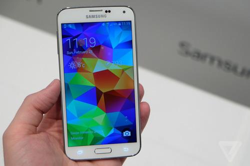 Samsung Galaxy S5 dùng chip Snapdragon 805 xuất hiện - 1