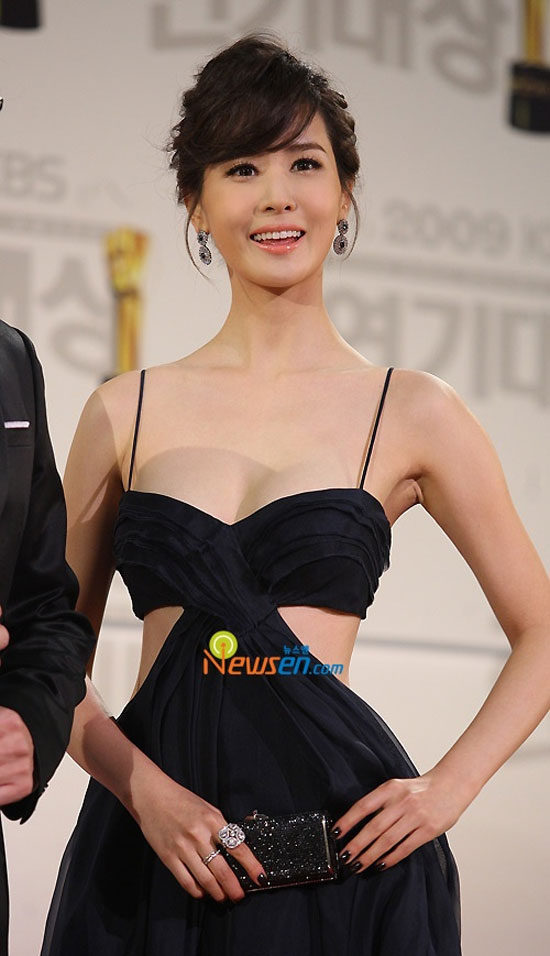 Lee Da Hae quá gợi cảm trên màn ảnh - 6