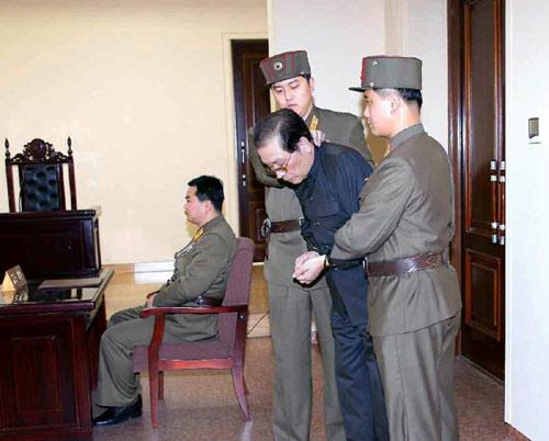200 thân tín của Jang Song-taek sắp bị xử tử - 2