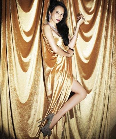 """""""Run rẩy"""" ngắm chân đẹp của mỹ nữ Hoa - Hàn - 3"""