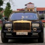 Ô tô - Xe máy - Cận cảnh Rolls-Royce Phantom mạ vàng ở Hà Nội