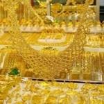 Tài chính - Bất động sản - Vàng đứng im, USD bất ngờ sụt giảm