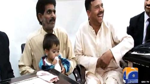 Pakistan: Cậu bé 9 tháng tuổi bị buộc tội giết người - 1