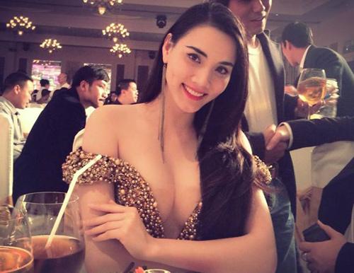 Ngạt thở vì vẻ đẹp phồn thực của người đẹp Việt - 2