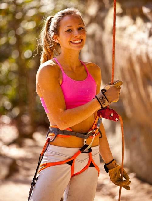 """Cô gái 21 tuổi trở thành """"nữ hoàng leo núi"""" - 11"""