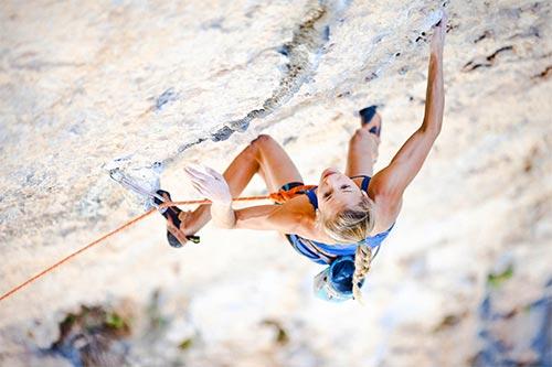"""Cô gái 21 tuổi trở thành """"nữ hoàng leo núi"""" - 6"""