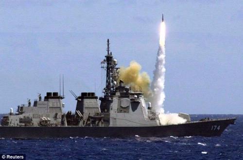 Nhật sẽ bắn hạ mọi tên lửa Triều Tiên phóng lên - 1