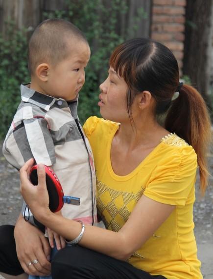 Tranh cãi về cậu bé 3 tuổi gây sốt Amazing Chinese - 5