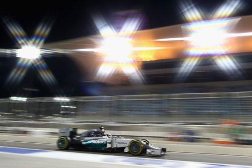 Chạy thử Bahrain GP: Mercedes vượt trội - 2