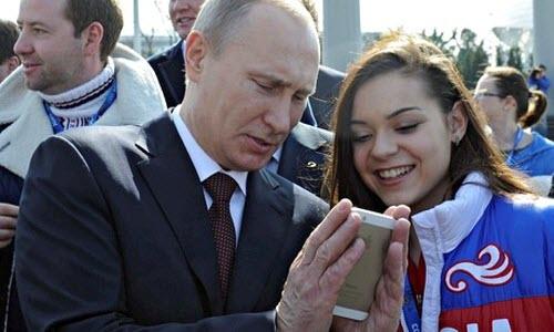 Các nguyên thủ quốc gia dùng điện thoại gì? - 3