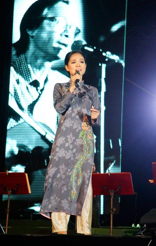 Ngồi bệt nghe 4 thế hệ nghệ sĩ hát nhạc Trịnh - 7
