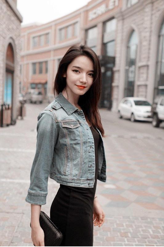 Nữ sinh mặt mộc xinh đẹp gây sốt - 7