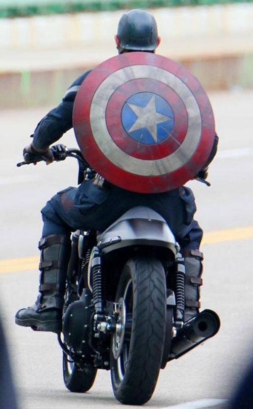 """12 lý do để Captain America """"đốn tim"""" khán giả - 13"""