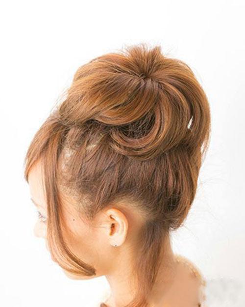 5 bước búi tóc cao xinh xắn đón hè - 3