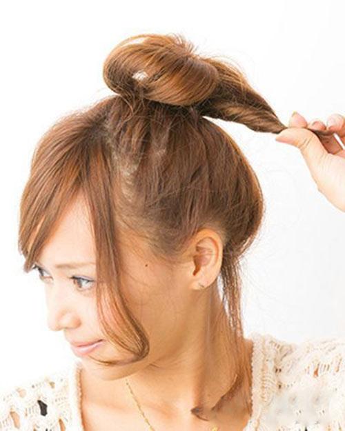 5 bước búi tóc cao xinh xắn đón hè - 4