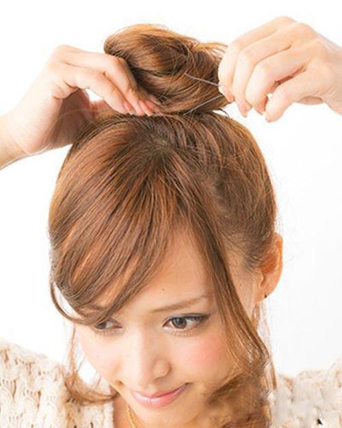 5 bước búi tóc cao xinh xắn đón hè - 5