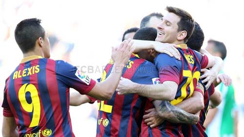 Barca thắng nhọc: Run rẩy đến Calderon - 1