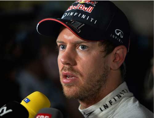 """Phân hạng Malaysian GP: """"Cú sốc"""" với Vettel - 2"""