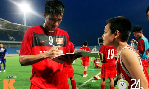 Công Vinh: ĐTVN thuê HLV người Nhật sẽ thành công - 1