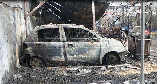 Cháy 300 xe máy: Chủ bãi xe không lo nổi tiền đền bù - 3