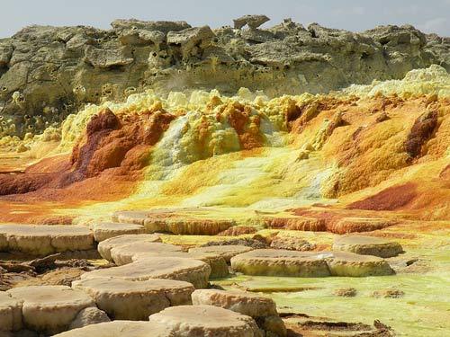 Thế giới đa sắc màu của núi lửa ở Ethiopia - 10