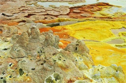 Thế giới đa sắc màu của núi lửa ở Ethiopia - 13