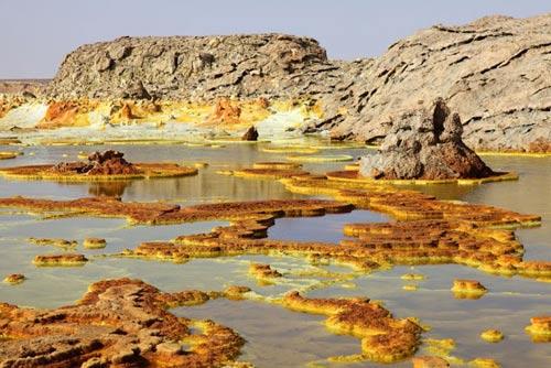 Thế giới đa sắc màu của núi lửa ở Ethiopia - 15