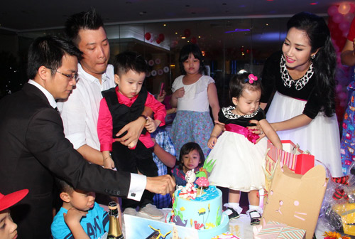 Vân Ốc mở tiệc lớn mừng sinh nhật con gái - 5