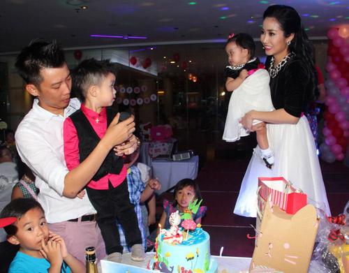 Vân Ốc mở tiệc lớn mừng sinh nhật con gái - 6