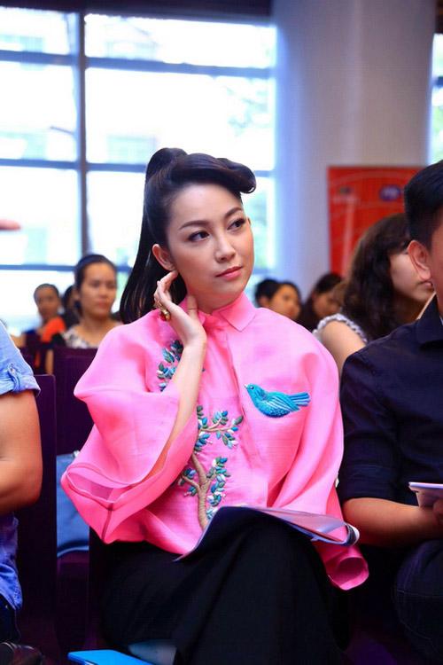 Xao xuyến ngắm mỹ nhân Việt mặc đẹp tuần qua - 11
