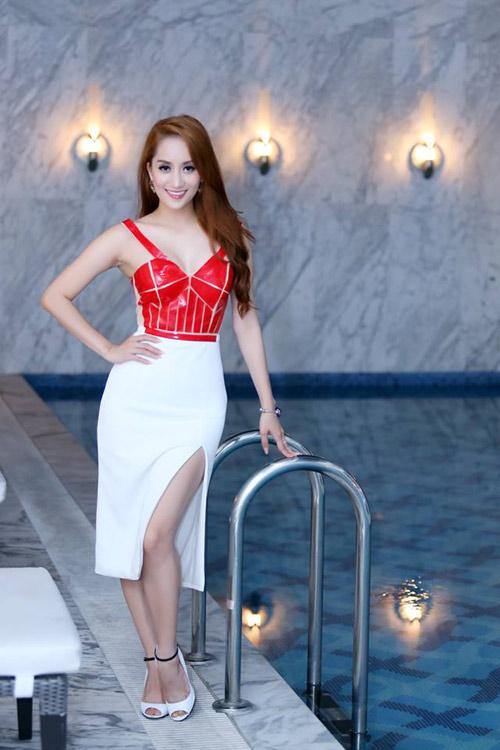 Xao xuyến ngắm mỹ nhân Việt mặc đẹp tuần qua - 4