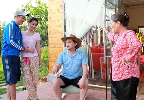 """Huy Khánh lại đau đầu vì """"cô dâu đại chiến"""" - 2"""