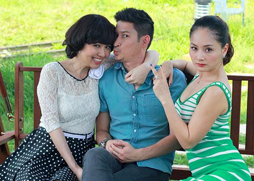 """Huy Khánh lại đau đầu vì """"cô dâu đại chiến"""" - 5"""