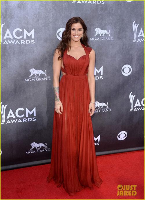 Sao nữ nô nức khoe ngực trên thảm đỏ ACM Awards - 11