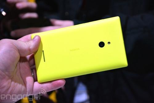 Nokia XL về Việt Nam giá trên 3 triệu đồng - 8