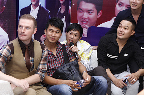 Rộ tin chàng trai nhái giọng thi X-Factor - 1