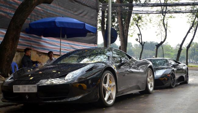Siêu xe được trang bị động cơ V8, dung tích 4,5 lít, hộp số ly hợp kép 7 cấp, sản sinh công suất tối đa 562 mã lực tại 9.000 vòng/phút, mô-men xoắn cực đại 540 Nm tại 6.000 vòng/phút.