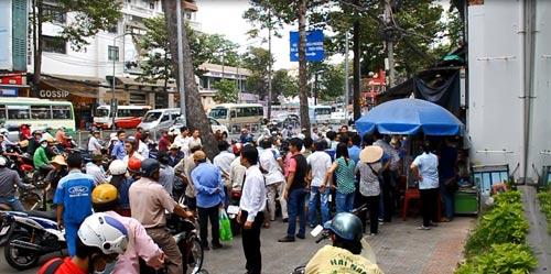 Đặc nhiệm nổ 5 phát súng bắt cướp giữa Sài Gòn - 2