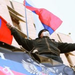 Tin tức trong ngày - Lực lượng thân Nga chiếm tòa nhà chính quyền Donetsk