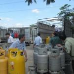 Thị trường - Tiêu dùng - Xử lý gas lậu: Bắt cóc bỏ dĩa